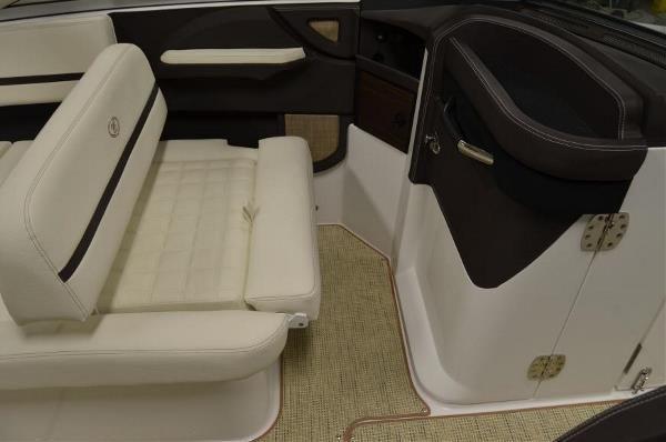 COBALT BOATS R5 image