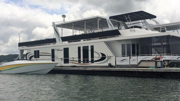 Horizon 18' x 80' Houseboat