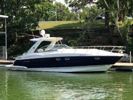 Monterey 400 Sport Yacht - main image
