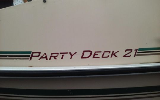 Tracker Party Deck 21 image