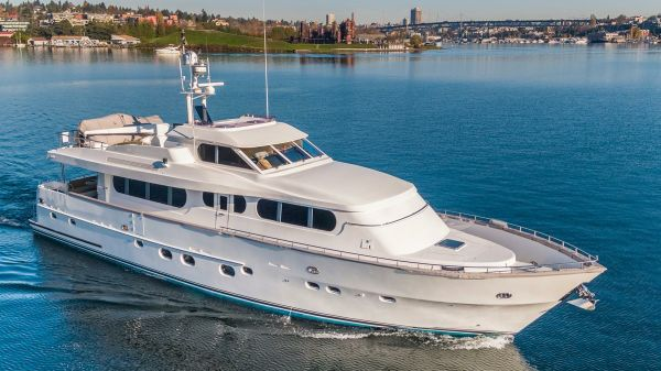 Grand Harbour Motor Yacht