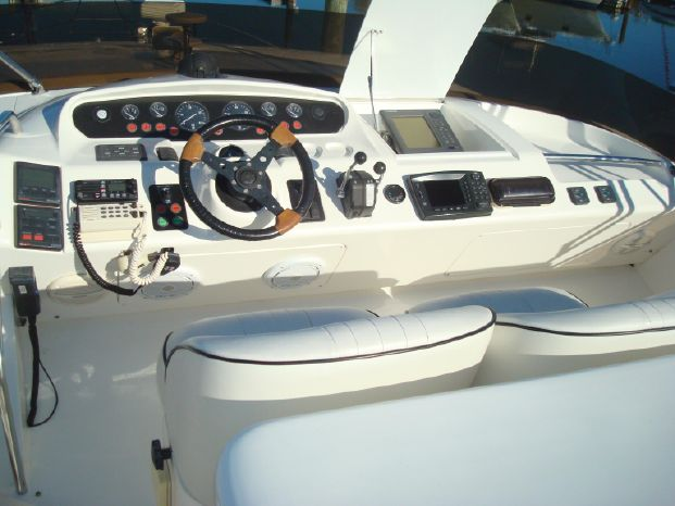 1999 Princess Viking Sport Cruisers Broker Broker