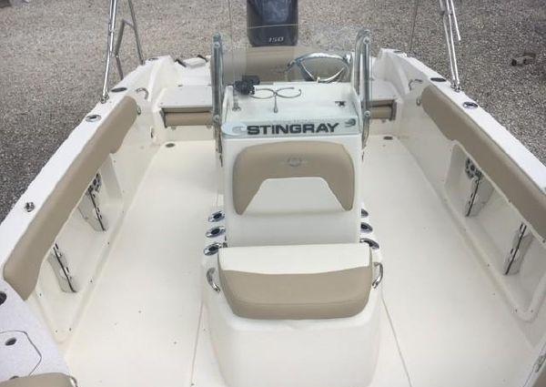Stingray 206 CC image