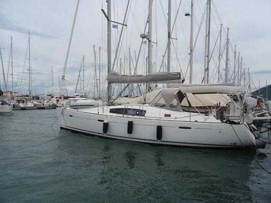 Beneteau Oceanis 43 - main image
