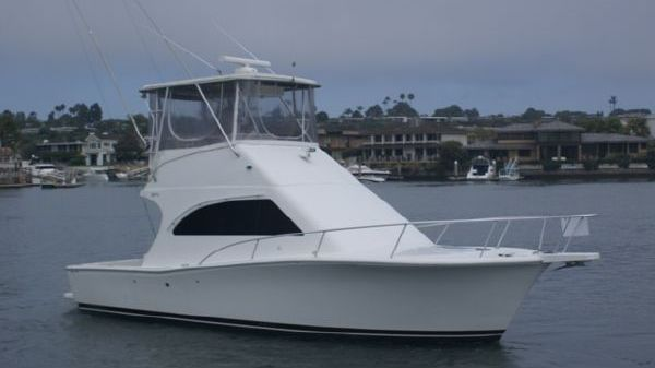 Luhrs 34 Convertible w Action Video Starboard On the Water
