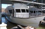 Custom Beachem CPMY Cockpit Motor Yachtimage