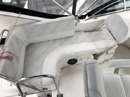 Bayliner 3388 Command Bridge Motoryacht image