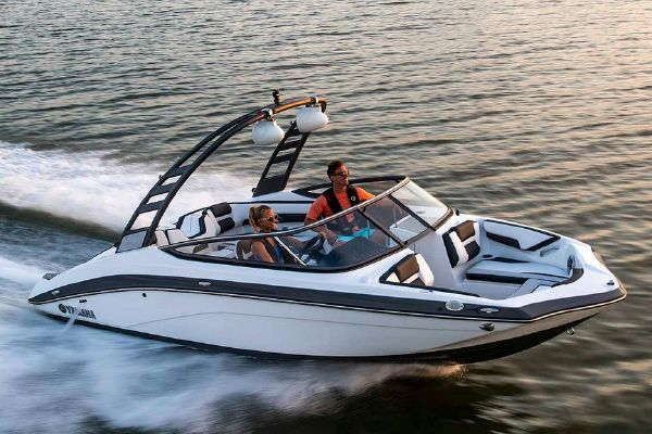 Yamaha Boats 195S - main image