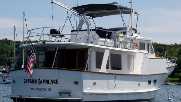 DeFever Raised Pilothouse SE