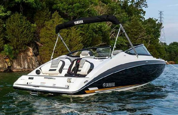 2020 Yamaha Boats 212