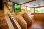 KELLY Houseboatimage