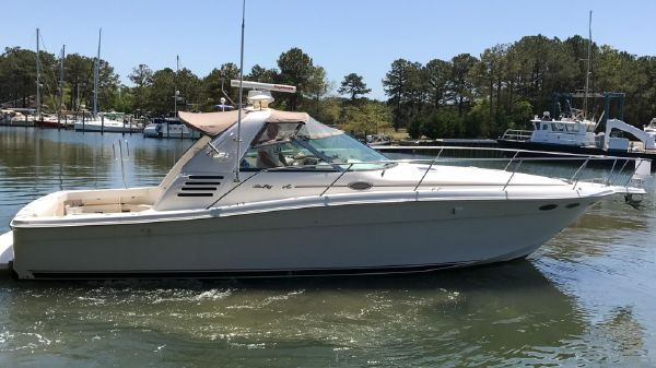 Sea Ray 370 EC