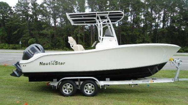NauticStar 20 XS