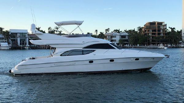 Altamar Flybridge Motor Yacht