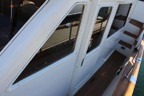 Offshore Yachts 48 Yachtfisher image