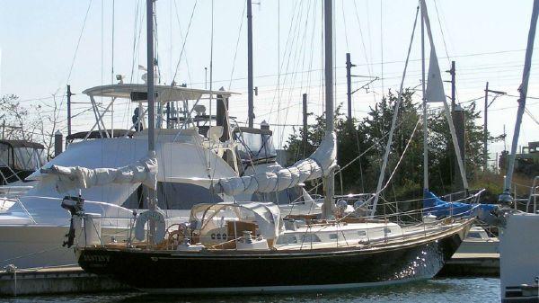 Hinckley Bermuda 40 MK III