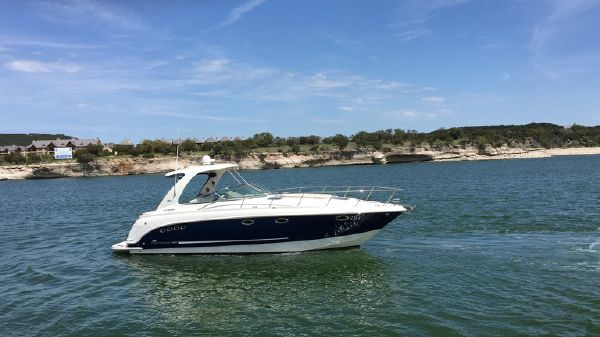 Chaparral 370 Signature