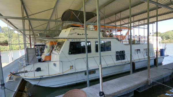 Harbor Master 14 x 47 Houseboat
