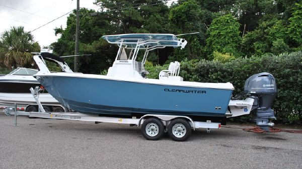 Clearwater 2508 Twin Yamaha F150XB