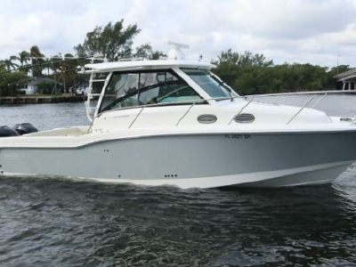 2018 Boston Whaler<span>315 Conquest</span>