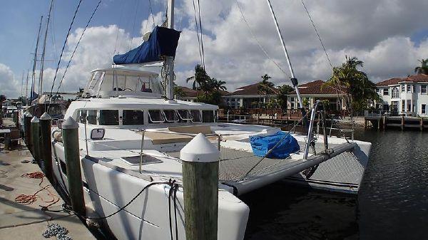 Lagoon Lagoon 500 PANORAMA_Lagoon_500_catamaran for sale_just catamarans_front.jpg