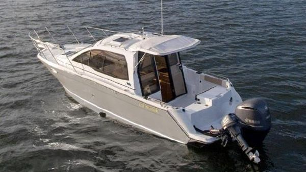 Cutwater C-24 Coupe