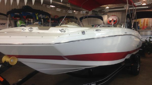 NauticStar 203SC Deck-Fish-N-Fun