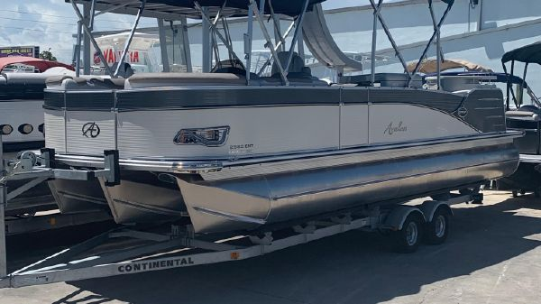 Avalon CATALINA ENTERTAINER 25