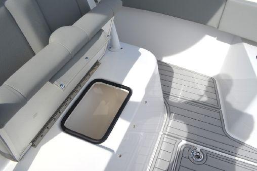 Cape Horn 32xs image