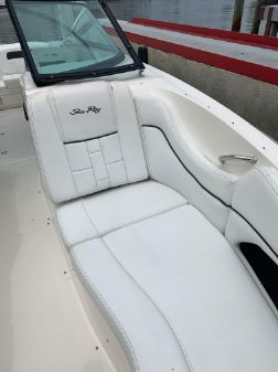 Sea Ray 300 SLX image