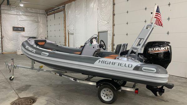 Highfield Deluxe 460