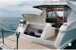 Riviera 4400 Sport Yachtimage