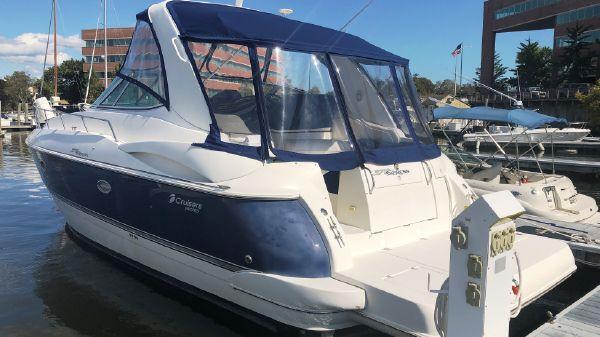 Cruisers Yachts 370 Esprit