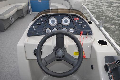 SunChaser Geneva Cruise 24 CRS image