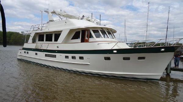 Grand Alaskan Flush Deck Motoryacht MM stbd fwd profile hr1.jpg