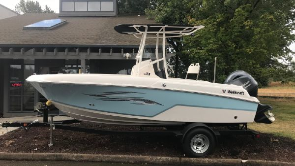 Wellcraft 182 Center console
