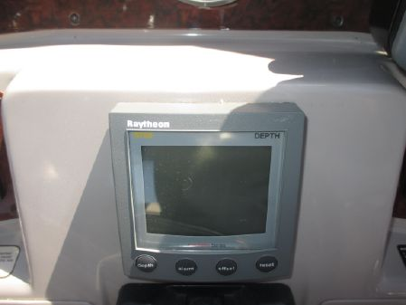Regal 4160 Commodore image