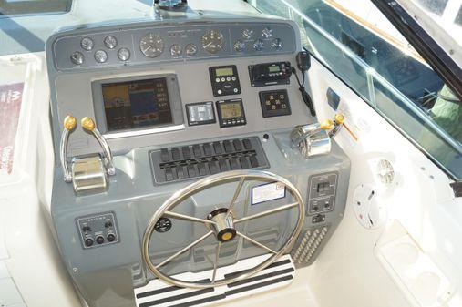 Tiara 4000 Express image
