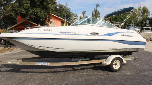 Hurricane SunDeck 217 Yamaha Outboard