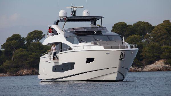Sunseeker 86 Yacht Manufacturer Provided Image: Sunseeker 86 Yacht Bow