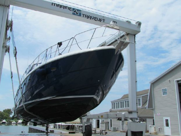 2006 Cruisers Yachts Buy Connecticut