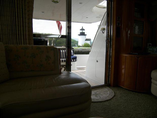 2001 Viking Sport Cruisers Brokerage Buy