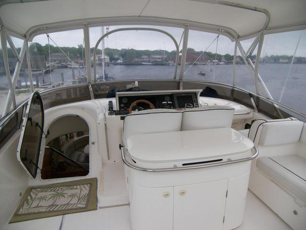 2001 Viking Sport Cruisers Broker Massachusetts