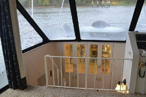 Skipperliner Houseboat image