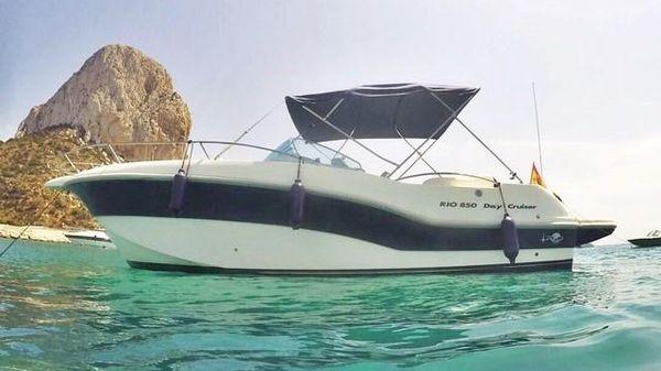 Rio Yachts 850 DAY CRUISER