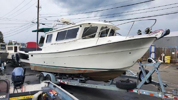 SeaSport Navigator 2700