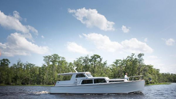 Huckins Atlantic 44