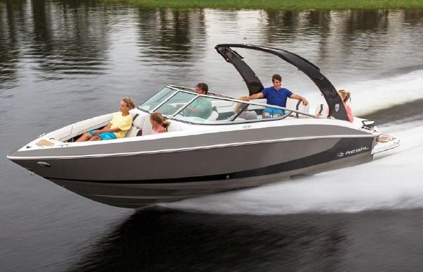 2019 Regal 2500 Bowrider