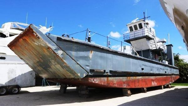 Custom Landing Craft LCM 8590