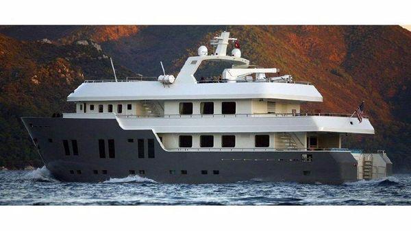 Custom Steel Explorer Motoryacht 35m